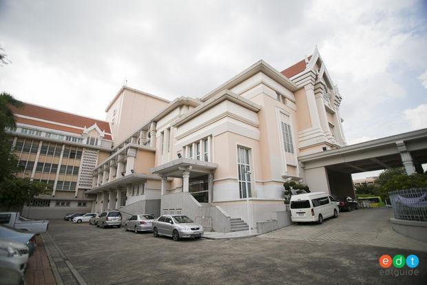 โรงละครแห่งชาติที่แรกของประเทศไทย